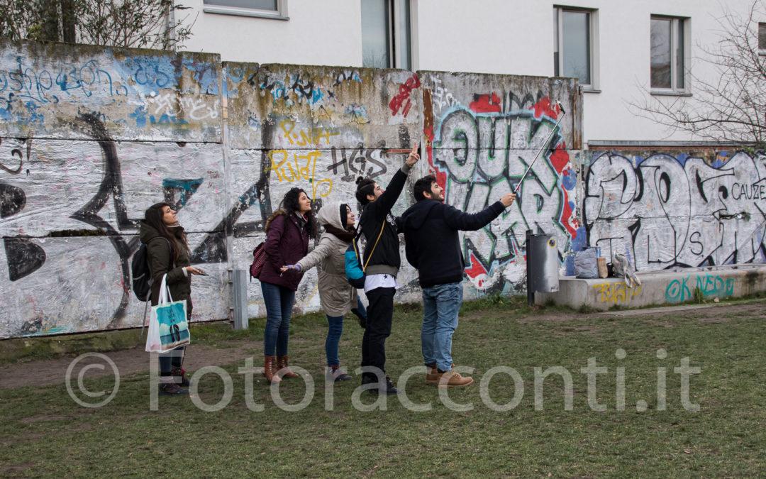 Del Muro di Berlino rimane il ricordo, una linea e pochi resti