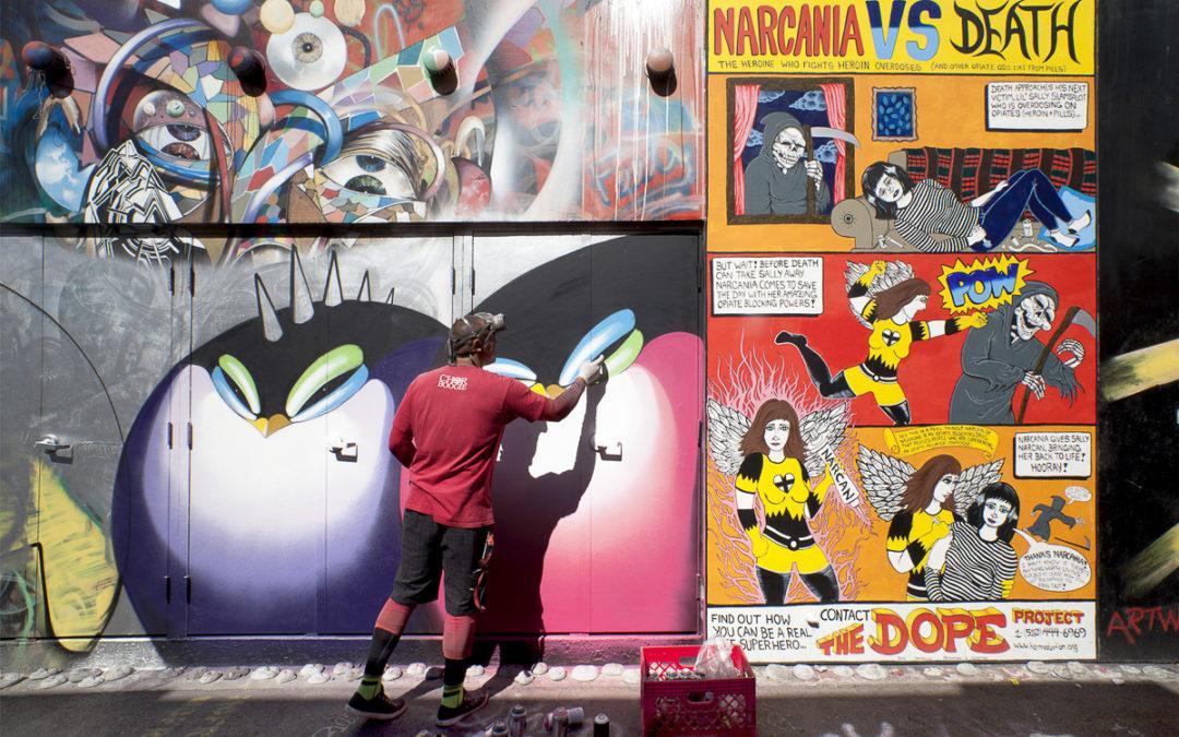 """San Francisco, l'amore per la città """"disegnato"""" sui muri"""